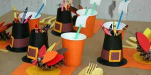 Thanksgiving-Kid-Table.FEATURE