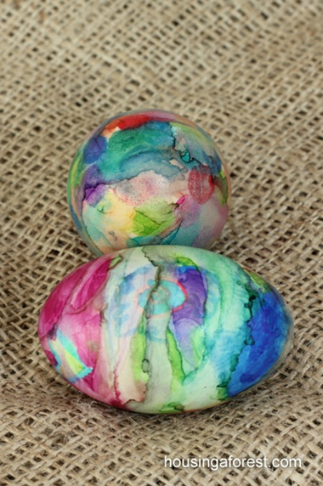 Tie-Dye-Easter-Eggs