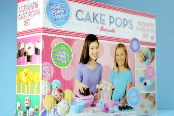 Ultimate Cake Pops Set by Bakerella Giveaway