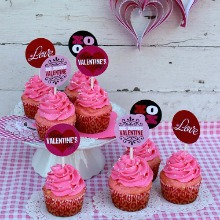 Valentine-Cupcake-Toppers.PAGE