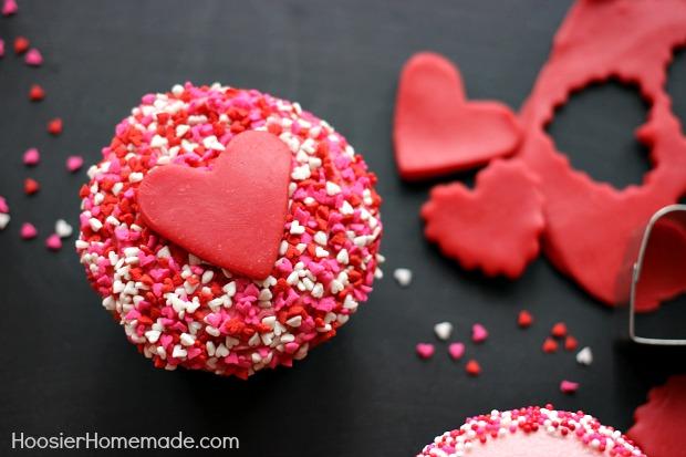 sprinkles valentines cupcakes