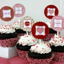 Valentine's Day Cupcake Toppers.PAGE