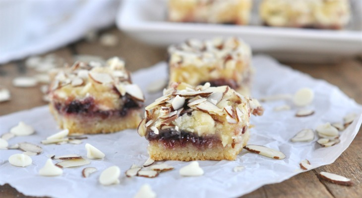 White Chocolate Cherry Almond Bars: Holiday Inspiration