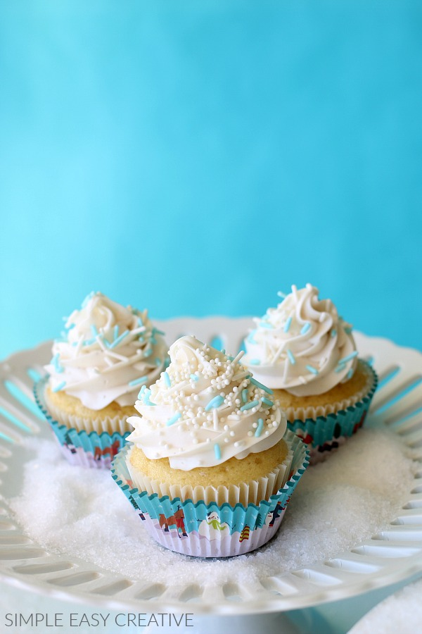 Winter Cupcakes with Swirl Frosting