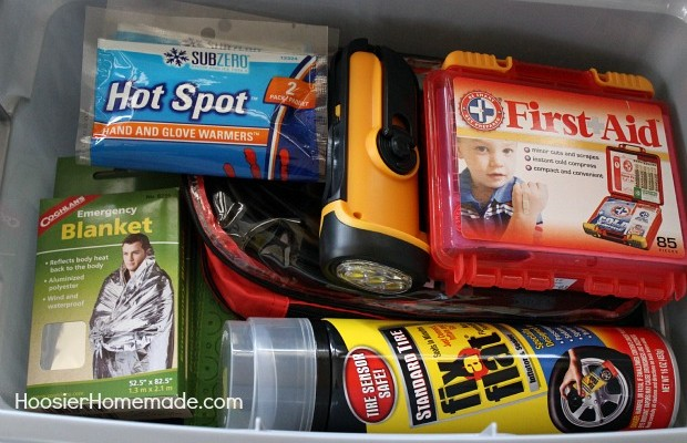 Winter Emergency Car Kit :: HoosierHomemade.com