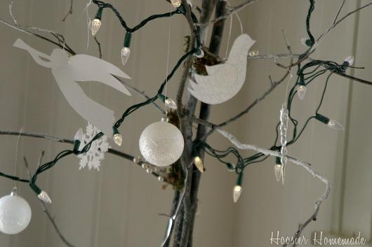Winter-Wonderland-Tree.close.1