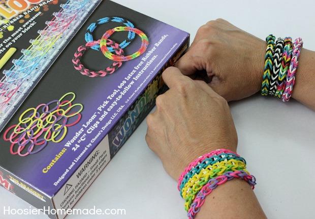 How to Make a Fishtail Bracelet | Instructions on HoosierHomemade.com