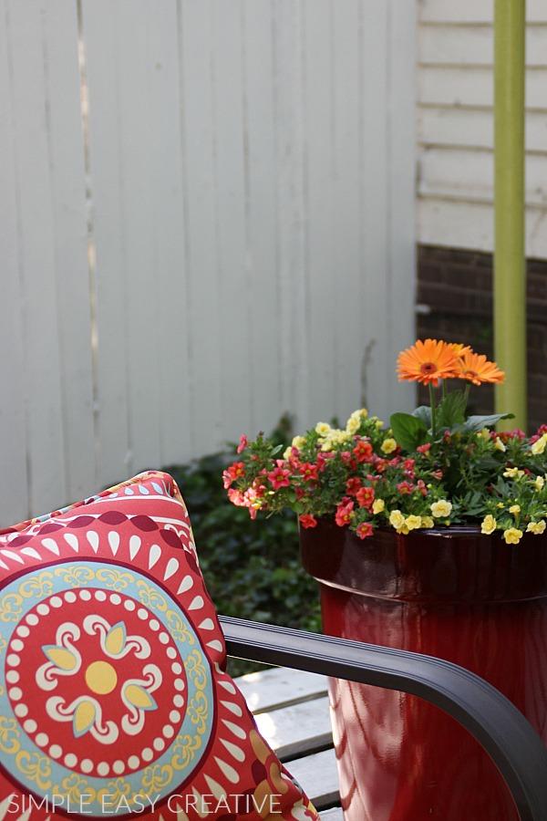 Decorating Wood Pallet Deck