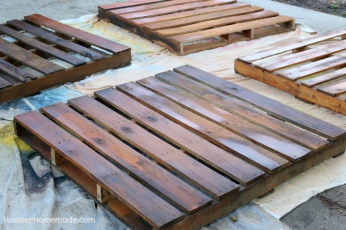 Stain wood pallets for Wooden Pallet Compost Bin