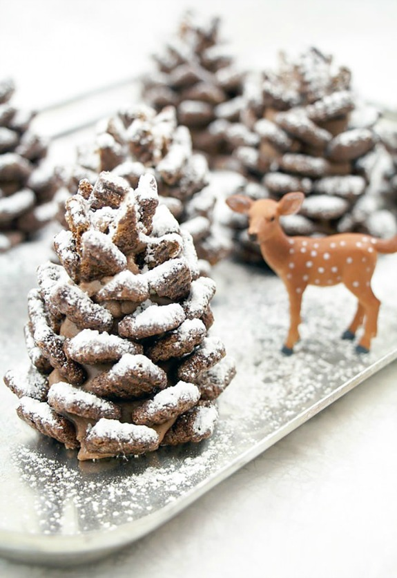 You will never believe what these adorable Chocolate Pinecone Treats are made from! Pin to your Recipe Board!