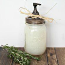 diy-handsoap-in-a-mason-jar.220