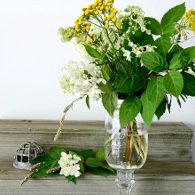 farmhouse-style-mason-jar-vase-tutorial-PAGE