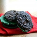 mint-cookies-with-chocolate