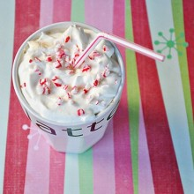 Peppermint Simple Syrup : 100 Days of Homemade Holiday Inspiration on HoosierHomemade.com