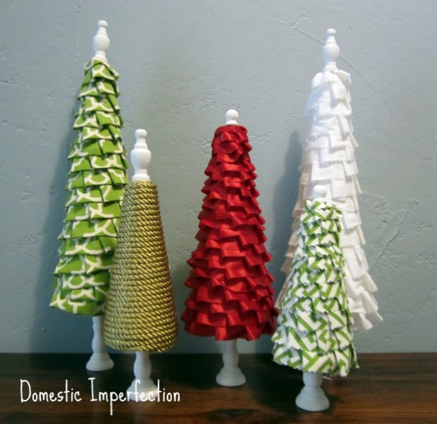 No Sew Ruffle Trees : 100 Days of Homemade Holiday Inspiration on HoosierHomemade.com