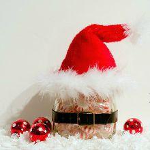santa-hat-mason-jar-christmas-gift-idea220