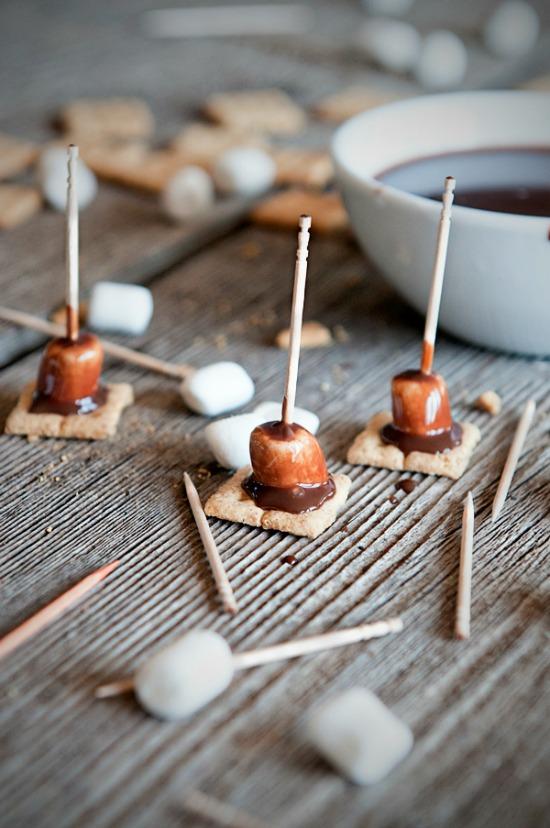 smores-fondue-bites