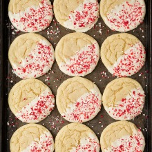 white_chocolate_dipped_peppermint_sugar_cookies4